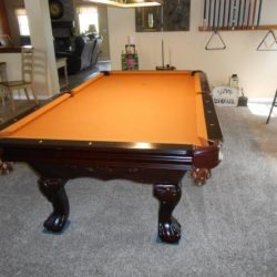 Bar Size Pool Table &Lamp