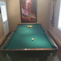 Brunswick Wellington Slate Pool Table with Accessories